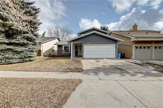 Photo 3: 13608 DEER RUN Boulevard SE in Calgary: Deer Run Detached for sale : MLS®# C4235828
