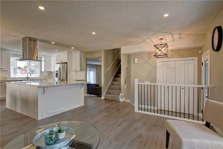 Photo 6: 13608 DEER RUN Boulevard SE in Calgary: Deer Run Detached for sale : MLS®# C4235828