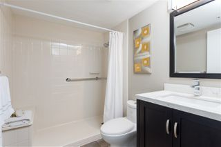 """Photo 15: 704 2288 PINE Street in Vancouver: Fairview VW Condo for sale in """"The Fairview"""" (Vancouver West)  : MLS®# R2357401"""