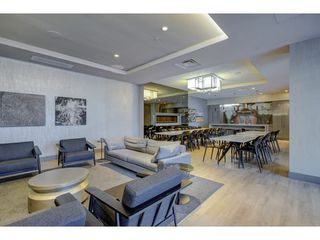 "Photo 17: 503 112 E 13TH Street in North Vancouver: Central Lonsdale Condo for sale in ""CENTERVIEW"" : MLS®# R2358971"