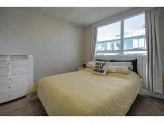 "Photo 9: 503 112 E 13TH Street in North Vancouver: Central Lonsdale Condo for sale in ""CENTERVIEW"" : MLS®# R2358971"
