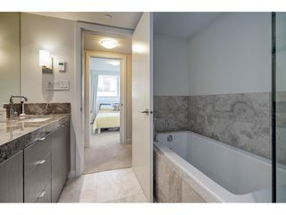 "Photo 11: 503 112 E 13TH Street in North Vancouver: Central Lonsdale Condo for sale in ""CENTERVIEW"" : MLS®# R2358971"