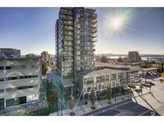 "Photo 13: 503 112 E 13TH Street in North Vancouver: Central Lonsdale Condo for sale in ""CENTERVIEW"" : MLS®# R2358971"