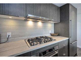 "Photo 5: 503 112 E 13TH Street in North Vancouver: Central Lonsdale Condo for sale in ""CENTERVIEW"" : MLS®# R2358971"