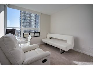 "Photo 8: 503 112 E 13TH Street in North Vancouver: Central Lonsdale Condo for sale in ""CENTERVIEW"" : MLS®# R2358971"