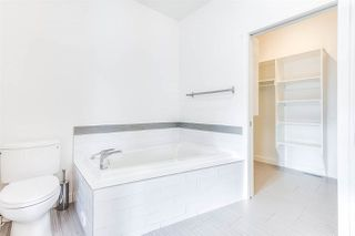 Photo 15: 11255 UNIVERSITY Avenue in Edmonton: Zone 15 House Half Duplex for sale : MLS®# E4152127