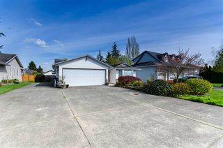 Photo 3: 1450 160A Street in Surrey: King George Corridor House for sale (South Surrey White Rock)  : MLS®# R2360386