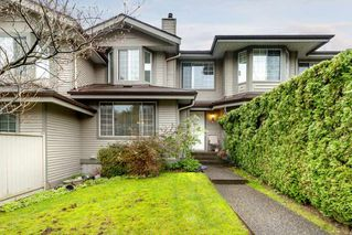 "Photo 3: 111 2880 PANORAMA Drive in Coquitlam: Westwood Plateau Townhouse for sale in ""Greyhawke"" : MLS®# R2360694"