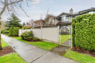 "Photo 2: 111 2880 PANORAMA Drive in Coquitlam: Westwood Plateau Townhouse for sale in ""Greyhawke"" : MLS®# R2360694"