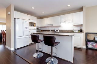 "Photo 10: 111 2880 PANORAMA Drive in Coquitlam: Westwood Plateau Townhouse for sale in ""Greyhawke"" : MLS®# R2360694"