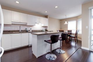 "Photo 9: 111 2880 PANORAMA Drive in Coquitlam: Westwood Plateau Townhouse for sale in ""Greyhawke"" : MLS®# R2360694"