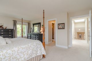 "Photo 23: 34661 WALKER Crescent in Abbotsford: Abbotsford East House for sale in ""Skyline"" : MLS®# R2369860"