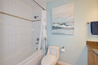 "Photo 17: 301 3010 ONTARIO Street in Vancouver: Mount Pleasant VE Condo for sale in ""Mt Pleasant"" (Vancouver East)  : MLS®# R2371801"