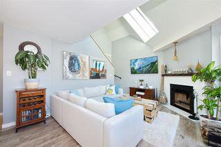 "Photo 6: 301 3010 ONTARIO Street in Vancouver: Mount Pleasant VE Condo for sale in ""Mt Pleasant"" (Vancouver East)  : MLS®# R2371801"