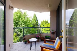 Photo 3: 306 4505 HAZEL Street in Burnaby: Forest Glen BS Condo for sale (Burnaby South)  : MLS®# R2372404