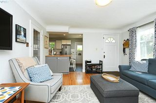 Photo 4: 3131 Kingsley Street in VICTORIA: SE Camosun Single Family Detached for sale (Saanich East)  : MLS®# 411643