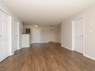 Photo 5: 313 3206 Alder St in VICTORIA: SE Quadra Condo Apartment for sale (Saanich East)  : MLS®# 816344