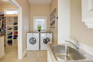 Photo 18: 1453 WOODWARD Crescent in Edmonton: Zone 22 House for sale : MLS®# E4160586