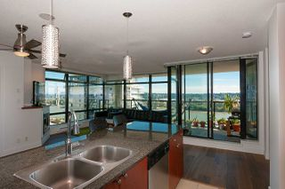 """Photo 2: 1405 610 VICTORIA Street in New Westminster: Downtown NW Condo for sale in """"The Point"""" : MLS®# R2402768"""