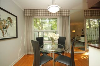 Photo 8: 3 54 Three Valleys Drive in Toronto: Parkwoods-Donalda Condo for sale (Toronto C13)  : MLS®# C4574491