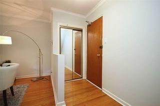 Photo 2: 3 54 Three Valleys Drive in Toronto: Parkwoods-Donalda Condo for sale (Toronto C13)  : MLS®# C4574491