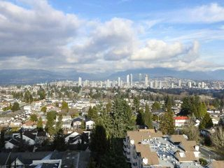 """Photo 2: 1406 4160 SARDIS Street in Burnaby: Central Park BS Condo for sale in """"Central Park Place"""" (Burnaby South)  : MLS®# R2428333"""