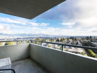 """Photo 6: 1406 4160 SARDIS Street in Burnaby: Central Park BS Condo for sale in """"Central Park Place"""" (Burnaby South)  : MLS®# R2428333"""
