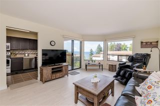 "Photo 2: 406 1350 VIDAL Street: White Rock Condo for sale in ""SEAPARK EAST"" (South Surrey White Rock)  : MLS®# R2433543"