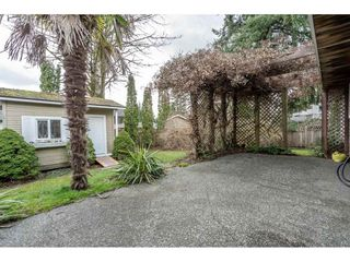 "Photo 15: 15732 106A Avenue in Surrey: Fraser Heights House for sale in ""FRASER WOODS"" (North Surrey)  : MLS®# R2445132"