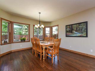 Photo 4: 428 Ensign St in COMOX: CV Comox (Town of) House for sale (Comox Valley)  : MLS®# 839655