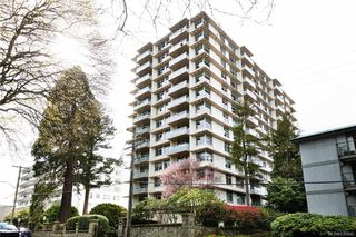 Photo 1: 1004 250 Douglas St in Victoria: Vi James Bay Condo for sale : MLS®# 836846