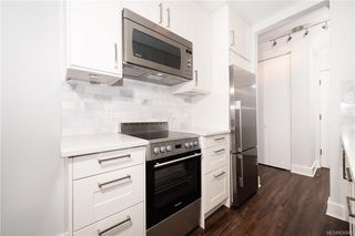 Photo 6: 1004 250 Douglas St in Victoria: Vi James Bay Condo for sale : MLS®# 836846