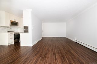 Photo 18: 1004 250 Douglas St in Victoria: Vi James Bay Condo for sale : MLS®# 836846