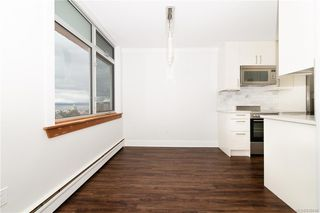 Photo 17: 1004 250 Douglas St in Victoria: Vi James Bay Condo for sale : MLS®# 836846
