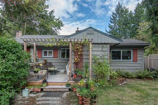 Main Photo: 143 Price Rd in Salt Spring: GI Salt Spring Single Family Detached for sale (Gulf Islands)  : MLS®# 844519