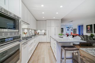 """Photo 11: 36 3306 PRINCETON Avenue in Coquitlam: Burke Mountain Townhouse for sale in """"HADLEIGH ON THE PARK"""" : MLS®# R2491911"""