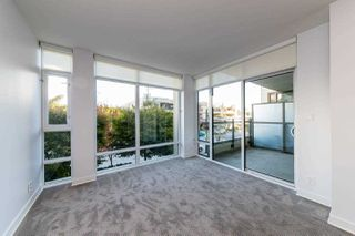 """Photo 6: 203 1455 GEORGE Street: White Rock Condo for sale in """"Avra"""" (South Surrey White Rock)  : MLS®# R2510958"""