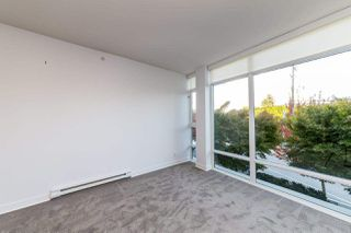 """Photo 20: 203 1455 GEORGE Street: White Rock Condo for sale in """"Avra"""" (South Surrey White Rock)  : MLS®# R2510958"""