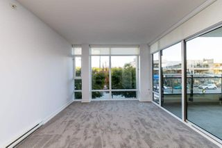 """Photo 19: 203 1455 GEORGE Street: White Rock Condo for sale in """"Avra"""" (South Surrey White Rock)  : MLS®# R2510958"""