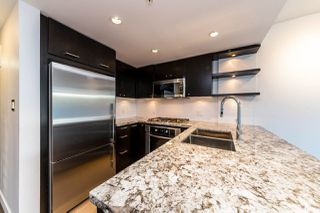 """Photo 10: 203 1455 GEORGE Street: White Rock Condo for sale in """"Avra"""" (South Surrey White Rock)  : MLS®# R2510958"""