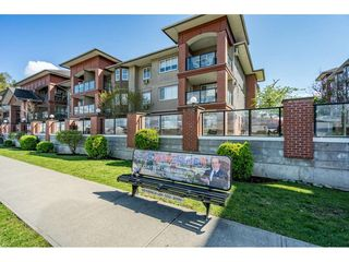 "Main Photo: 205 19774 56 Avenue in Langley: Langley City Condo for sale in ""Madison Station"" : MLS®# R2525702"