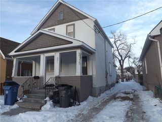 Photo 3: 575 Burrows Avenue Northwest in Winnipeg: North End Residential for sale (4A)  : MLS®# 202100186