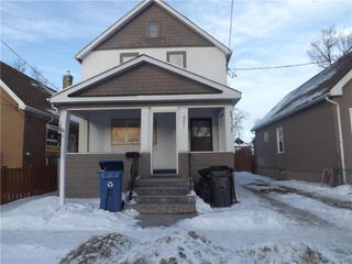 Photo 1: 575 Burrows Avenue Northwest in Winnipeg: North End Residential for sale (4A)  : MLS®# 202100186