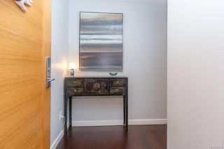 Photo 5: 1601 707 Courtney St in : Vi Downtown Condo for sale (Victoria)  : MLS®# 862534