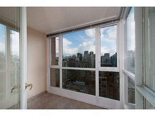 "Photo 8: 2205 1188 RICHARDS Street in Vancouver: Yaletown Condo for sale in ""Park Plaza"" (Vancouver West)  : MLS®# V1061571"