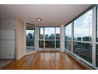 "Photo 5: 2205 1188 RICHARDS Street in Vancouver: Yaletown Condo for sale in ""Park Plaza"" (Vancouver West)  : MLS®# V1061571"