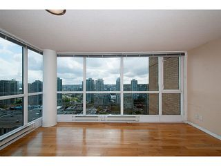 "Photo 4: 2205 1188 RICHARDS Street in Vancouver: Yaletown Condo for sale in ""Park Plaza"" (Vancouver West)  : MLS®# V1061571"