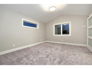 Photo 19: 712 19 Avenue NW in Calgary: Mount Pleasant House for sale : MLS®# C3656389