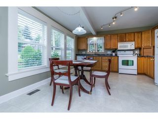 "Photo 8: 18076 58TH Avenue in Surrey: Cloverdale BC House for sale in ""CLOVERDALE"" (Cloverdale)  : MLS®# F1440680"