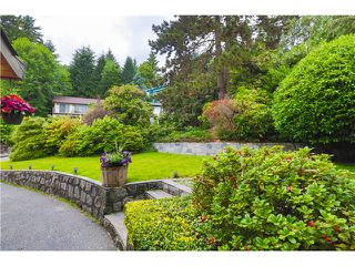 Photo 2: 1293 CHARTER HILL Drive in Coquitlam: Upper Eagle Ridge House for sale : MLS®# V1126363